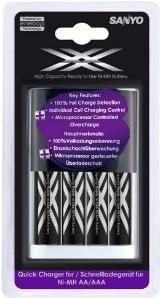 Sanyo Snellader + 4 x Sanyo Eneloop XX batterijen - Snellader plus extra krachtige (2400mAh!) Eneloop AA batterijen.Snel opladen en batterijen met een geringe zelfontlading. Op werkdagen voor 18:00 besteld en betaald via iDeal, dezelfde dag verstuurd!